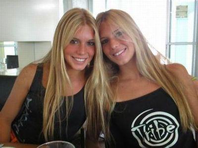 美女双子17
