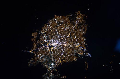 ISSから見た夜景08