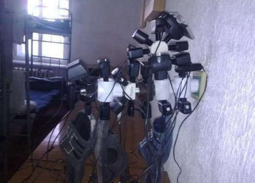 ロシア軍人のスマホ充電05