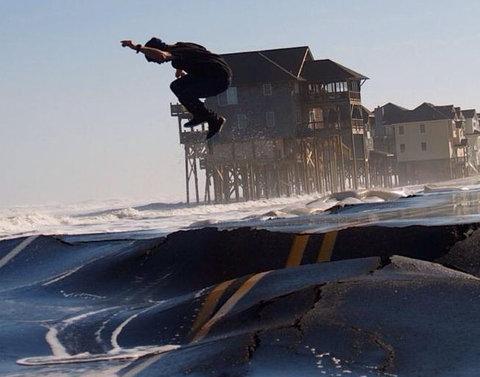 ハリケーン後のスケートボード04