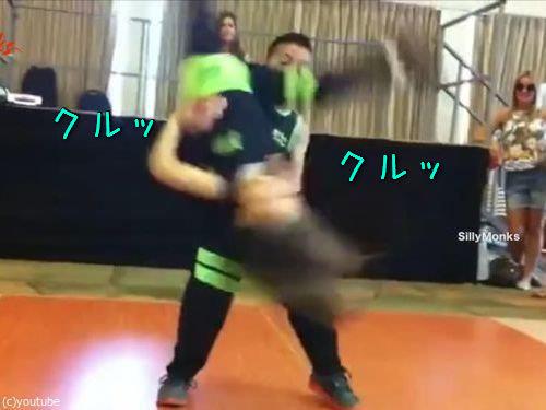 サルサを踊る子供00