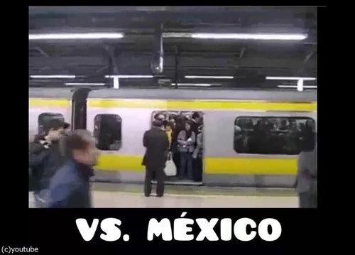「日本の満員電車とメキシコの満員電車」04