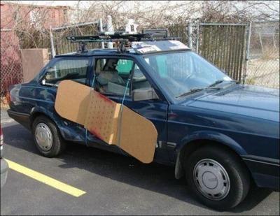 変な車09