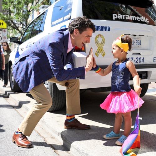 カナダ首相の靴下13