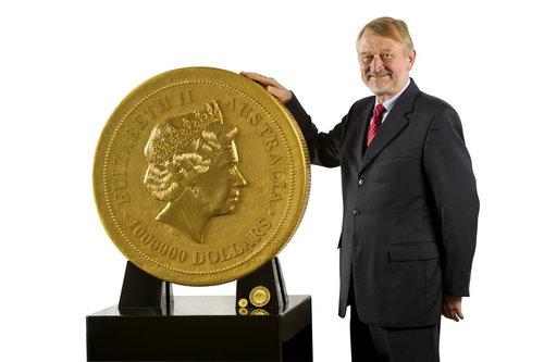 世界最大の金貨09