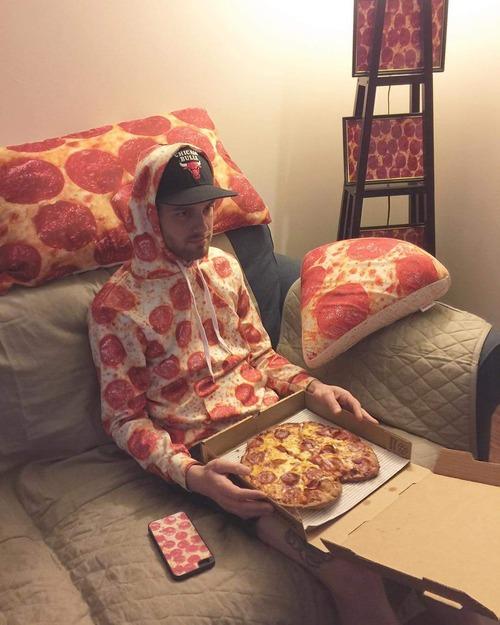 とあるピザ好きの日常01
