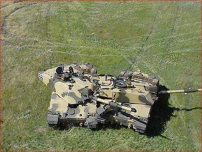 事故を起こした戦車12