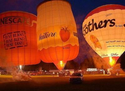 奇抜なデザインをした世界のおもしろ気球06