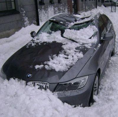 大失敗している雪かき05