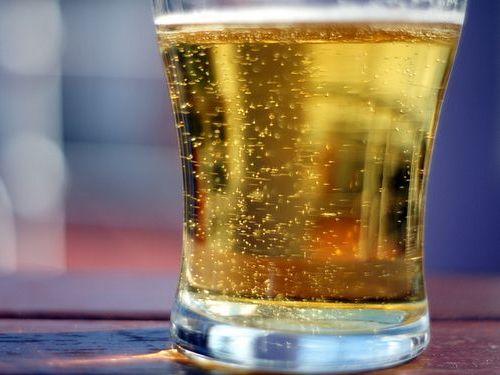 昼間からビール00