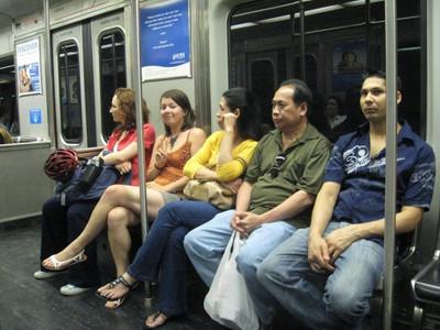 地下鉄レインボー