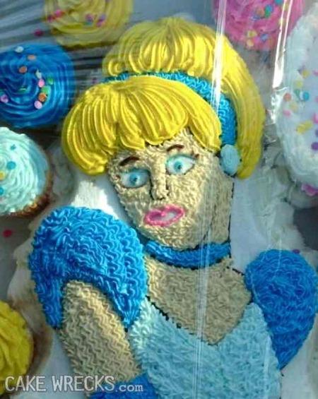 残念なディズニーケーキ06