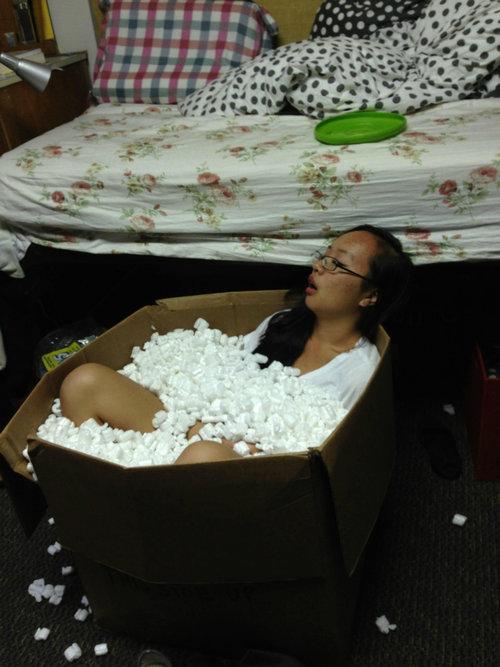 酔っぱらったルームメイト01