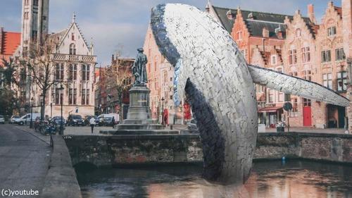 海洋ゴミで作った巨大クジラ02