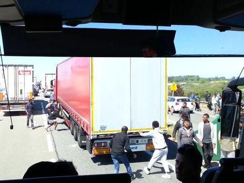 フランスの違法移民04