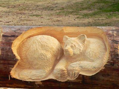 チェーンソーで木彫り04