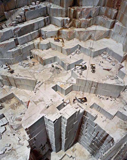 大理石の採石場03