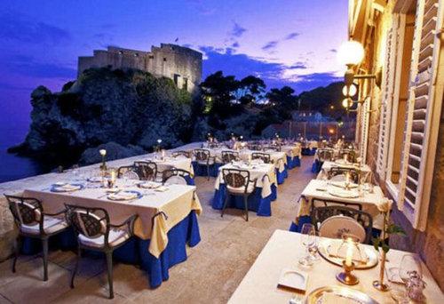 世界の絶景レストラン52