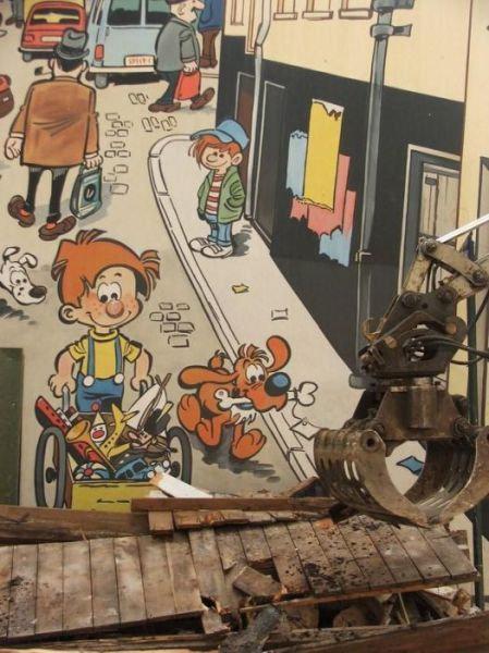 ベルギー・ブリュッセルに描かれたコミックス・グラフィティ01