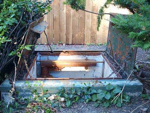 庭の隠し扉を開けてみた02