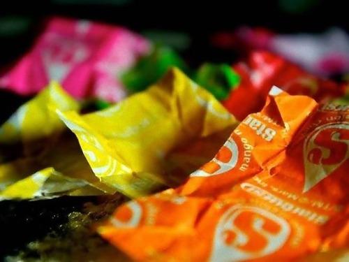 キャンディの包み紙でドレス00