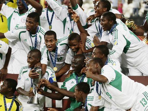 ナイジェリアのU-17サッカー代表、26人が年齢詐称