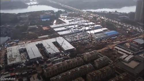 中国でコロナウイルス患者用の病院を10日で建設09