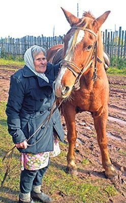 80歳のおばあちゃんが乗馬02