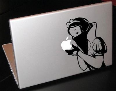 白雪姫がアップルを食べる01
