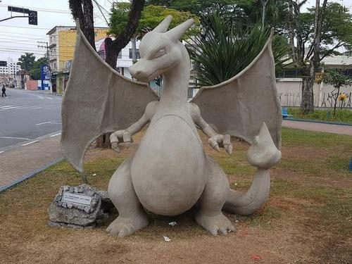 ブラジルのポケモン像01