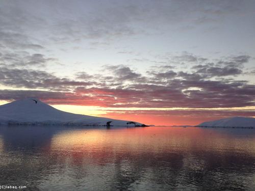 南極大陸の構造分析図02