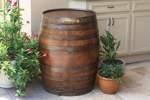 ワイン樽から作った家具10