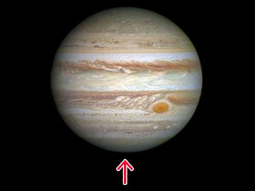 木星を下から見ると00