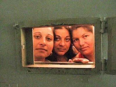 女囚刑務所15
