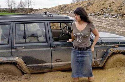 女性ドライバーの事故・失敗・下手01