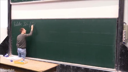 大学の講義中にまさかのアクシデント01