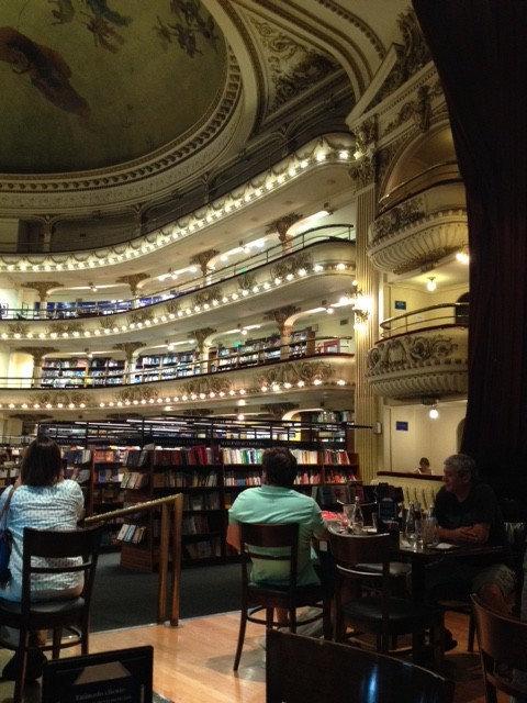 世界一美しいブエノスアイレスの本屋09