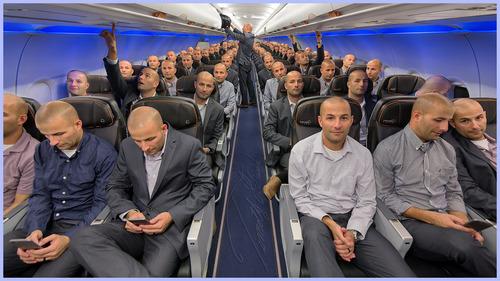 飛行機の全座席に座る02