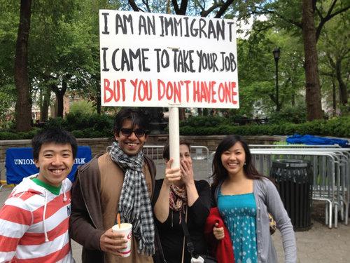 仕事をもらいにやってきた移民01