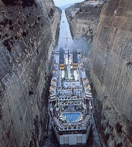 コリントス運河08