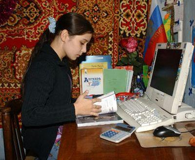 14歳の母どころか11歳で母になったロシア少女1