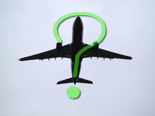 飛行機の窓にボルト00