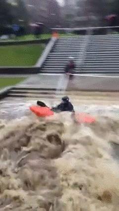 大学が洪水11