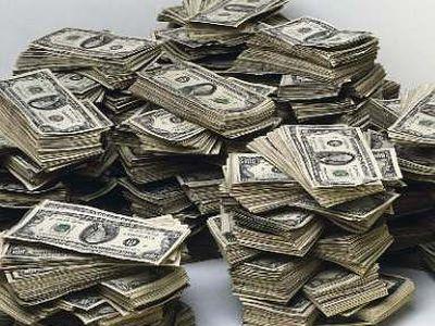 3ヶ月で持ってもいない3億2千万円を使い込んだ男01