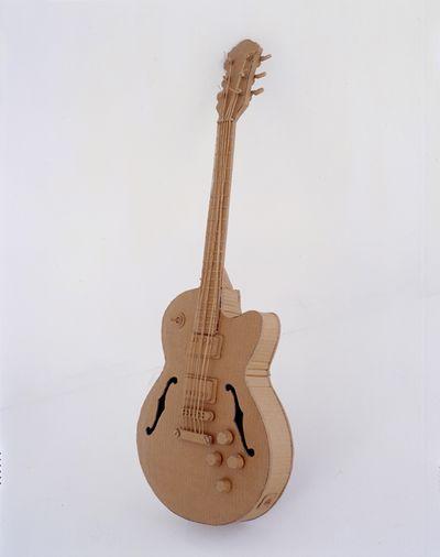 ダンボールアート-07ギター
