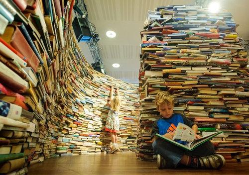 25万冊の本で迷路04
