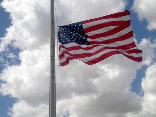 アメリカの国旗敬礼00