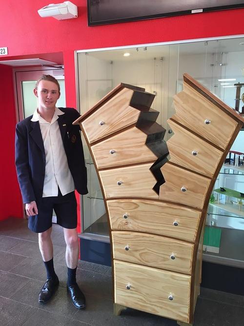 16歳の造った家具01