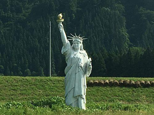 東北の自由の女神02