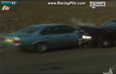 BMWとボルボの画像